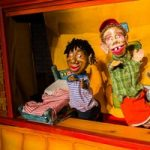Open Eye Figure Theater's Driveway Tour: Tucker's Robot