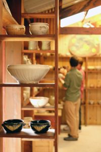 Nick Earl Fall Pottery Sale at Abnet Farm