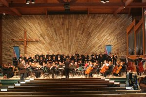 Anthony Kearns and the St. Croix Valley Symphony Orchestra