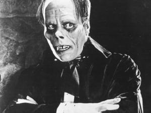 The Phantom of the Opera accompanied by Dennis Jam...